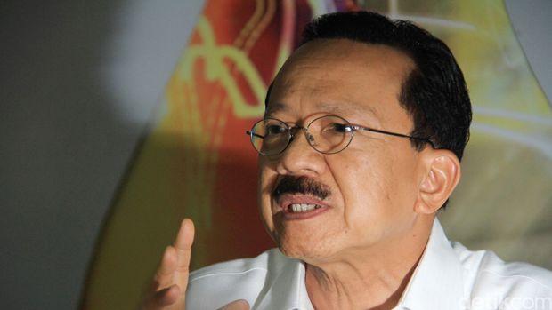 Foke yang diprediksi menang Pilgub DKI 2012, kalah dari Jokowi.