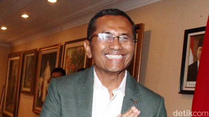 Menteri BUMN Dahlan Iskan akhirnya memenuhi panggilan komite konvensi Partai Demokrat di Wisma Kobel, Jakarta (29/8/2013). File/detikFoto.