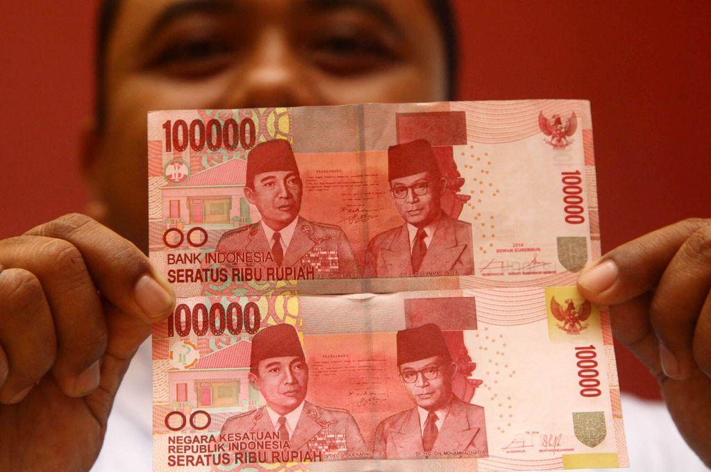 Bank Indonesia (BI) telah resmi meluncurkan uang baru Negara Kesatuan Republik Indonesia (NKRI) pecahan Rp 100.000. Uang ini resmi beredar sejak 17 Agustus 2014 kemarin.