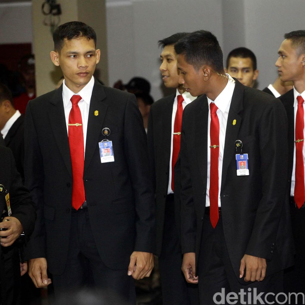 Paspampres Era Jokowi: Maunya Dekat Rakyat, Harus Ekstra Hati-hati