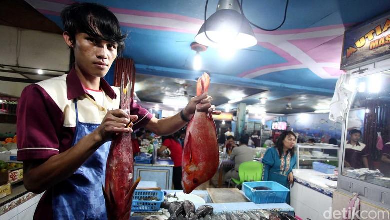 Restoran Pasar Tua, Bitung Sulawesi Utara kuliner berbagai menu Ikan khas Bitung. File/detikFoto.