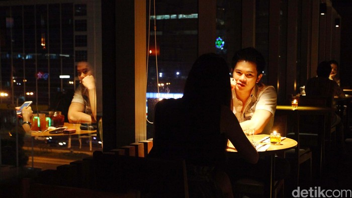 Sepasang keskasih di Restoran. Agung Pambudhy/ilustrasi/detikfoto