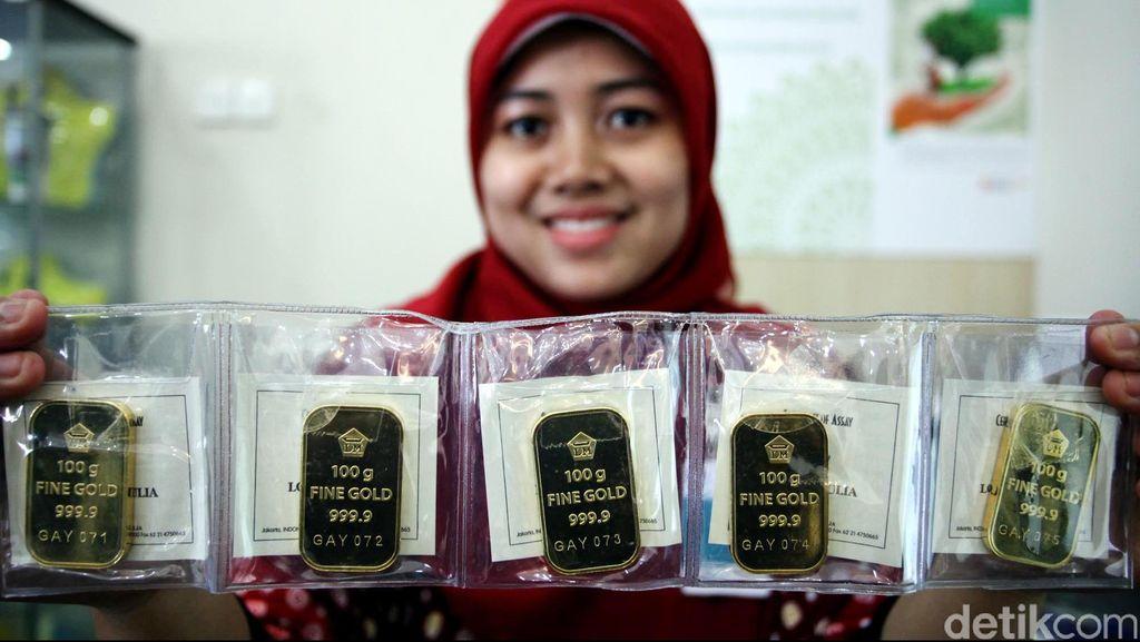 Selama Setahun, Bank Mega Bagi-bagi Ribuan Keping Emas