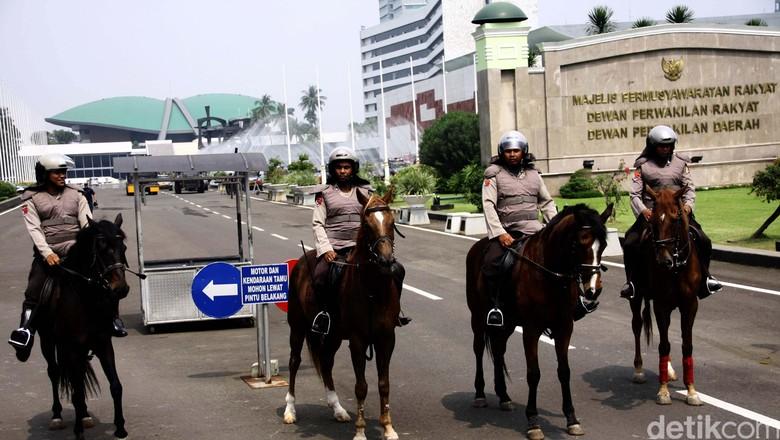Ada Orang Mencurigakan, Pengamanan DPR Diperketat Pasca Bom Thamrin
