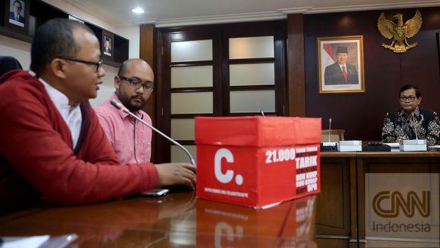 ICW: Jokowi Perintahkan Jaksa Agung Usut 6 Yayasan Soeharto