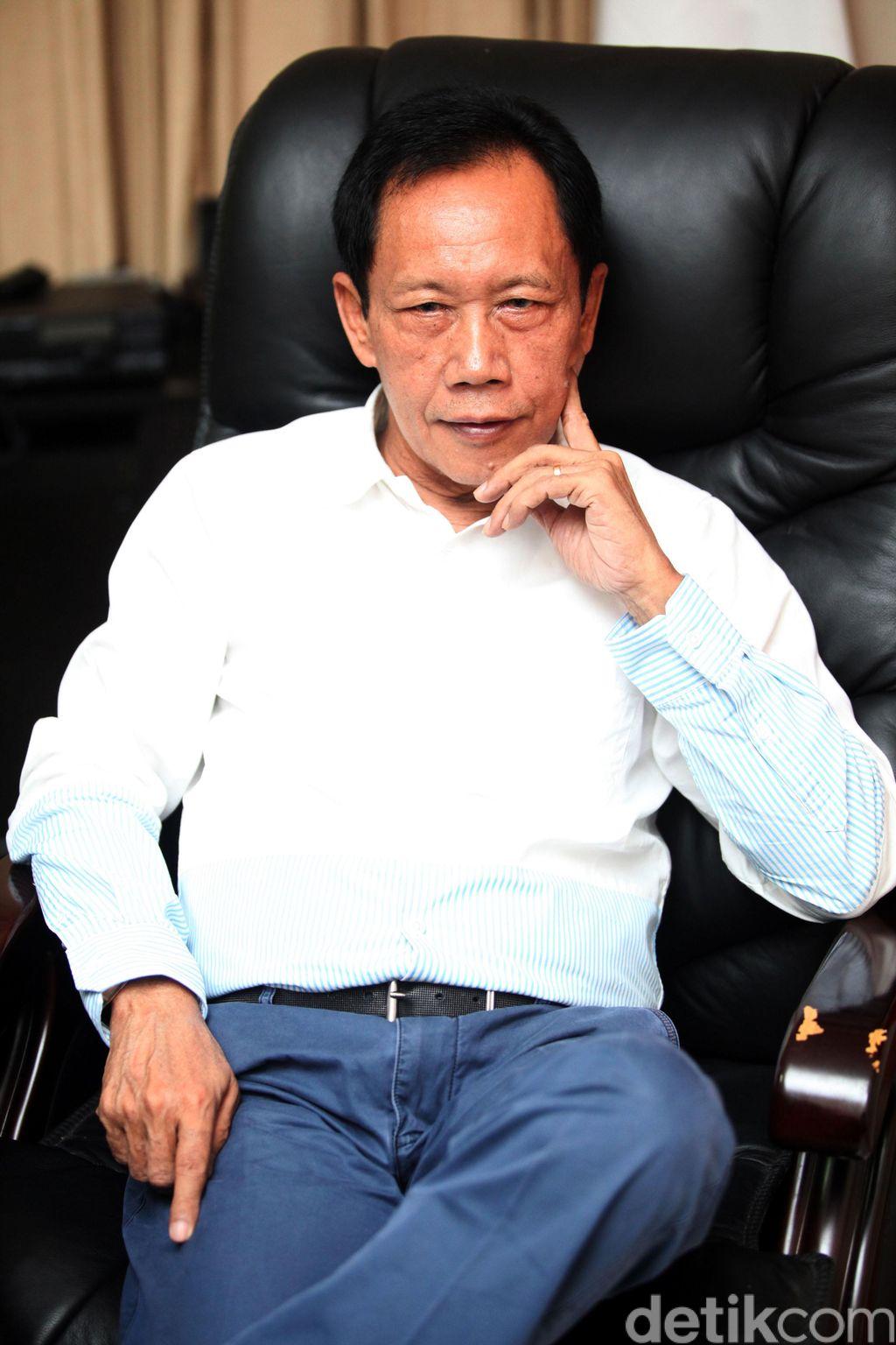 Letjen TNI (Purn.) Dr.(H.C.) H. Sutiyoso seorang politikus dan mantan tokoh militer Indonesia berbintang tiga. Ia adalah Gubernur Jakarta selama dua periode, mulai 6 Oktober 1997 hingga 7 Oktober 2007. File/detikFoto.