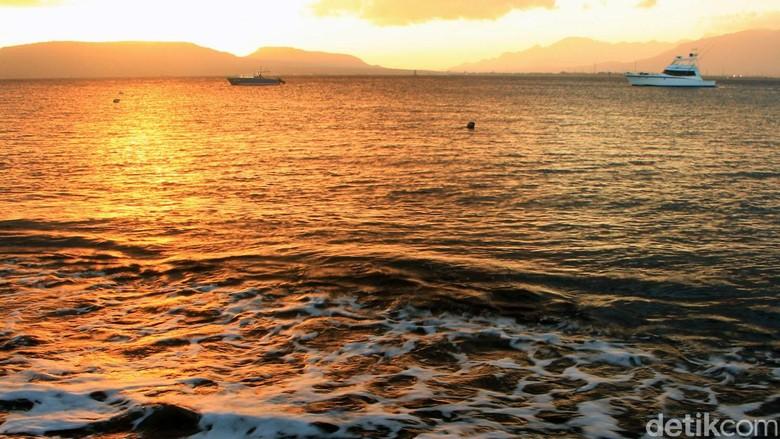BMKG: Waspada Gelombang Tinggi di Bali hingga Sepekan ke Depan