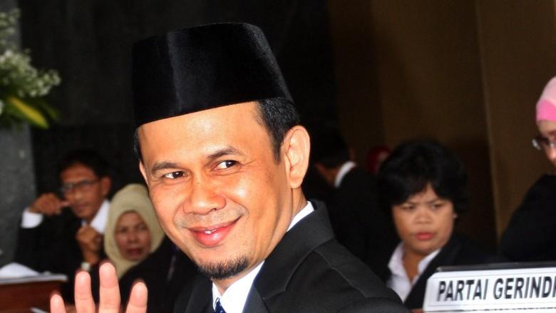 PKS Minta Fahri Hamzah Diberhentikan dari DPR, Mahfudz Siddiq Membela