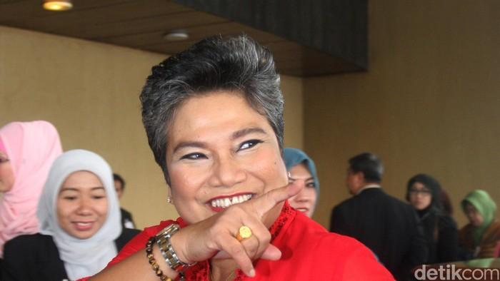 Ketua Komisi IX DPR RI dari Fraksi PDI-P Ribka Tjiptaning di gedung DPR, Senayan, Jakarta Selatan, Rabu (1/10/2014).