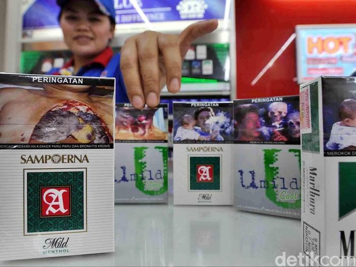 Pemerintah telah mewajibkan pencantuman peringatan kesehatan berbentuk gambar sejak tanggal 24 Juni 2014. Sejumlah kecil produsen rokok diantaranya Sampoerna, Djarum dan JTI, mulai menerapkan peraturan Menteri Kesehatan dan BPOM, Senin (23/6) dengan mengganti kemasan produk mereka.