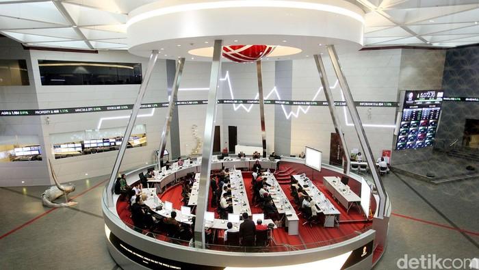 Indeks Harga Saham Gabungan (IHSG) naik 26 poin mengekor penguatan bursa global semalam. Aksi beli asing kembali muncul setelah kemarin menjual saham. Membuka perdagangan, Rabu (22/10/2014), IHSG menanjak 32,408 poin (0,64%) ke level 5.061,752.