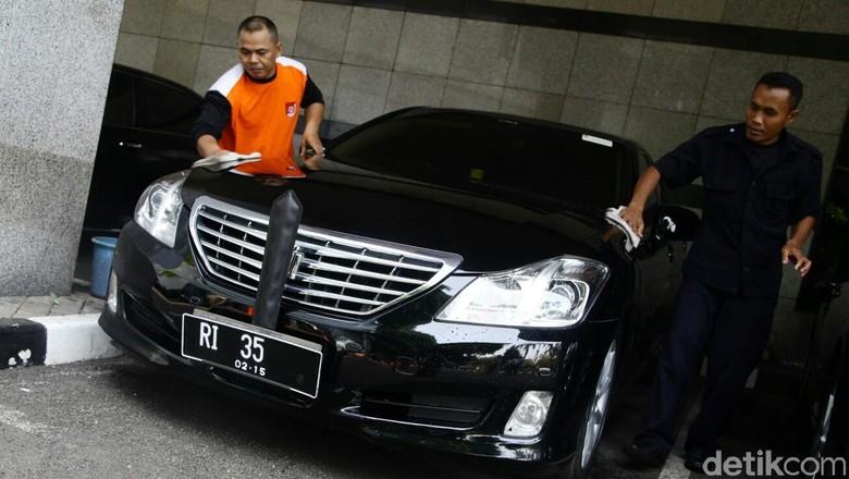Mobil menteri Foto: Hasan Habshy