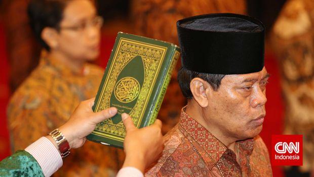 Eks Menteri Jokowi Sindir Aksi Pencitraan Susi Benamkan Kapal