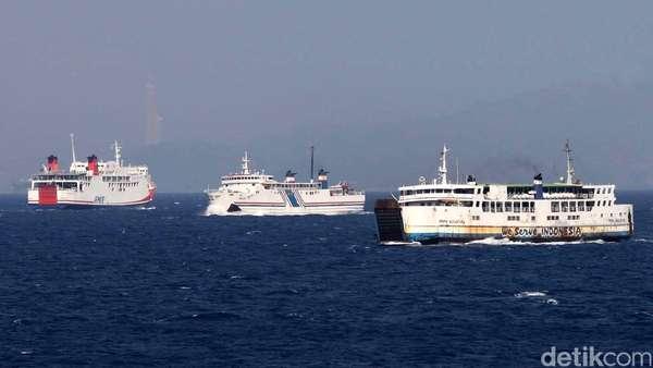 16 Kapal Polair Banten Siap Patroli di Selat Sunda saat Arus Mudik