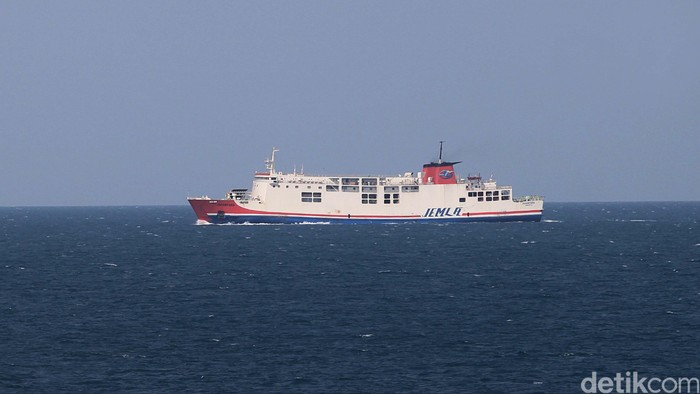 Kapal Ferry Roro Roro Yang Melayani Penyeberangan Merak Bakauheni.file/detikcom.