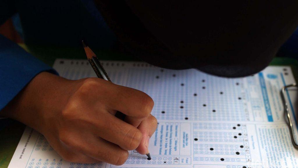 Terkendala Fasilitas, 5 Sekolah di Tanjungpinang Gelar UN Berbasis Kertas