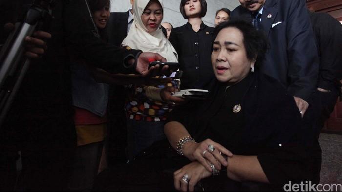 Rachmawati Soekarno Putri lahir di Jakarta, 27 September 1950 umur 64 tahun. Politisi Partai Nasdem, Ketua Yayasan Pendidikan Bung Karno. Ia adalah putri dari presiden pertama Republik Indonesia Ir. Soekarno.file.detikfoto.