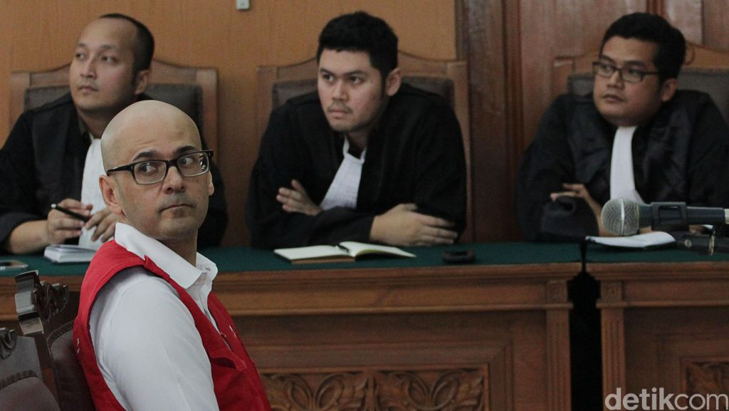 Terpidana Sodomi Siswa JIS Dapat Grasi, Korban Kirim Surat ke Jokowi