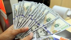 Dolar AS Betah di Rp 13.640