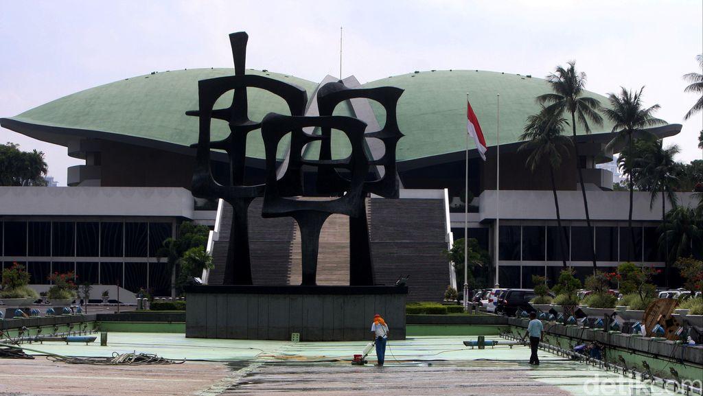 DPR Panggil Direksi Pertamina Gelar Rapat Tertutup