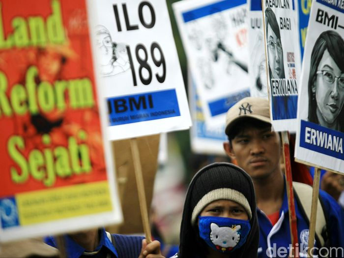 Buruh Migran Demo di Istana/Foto: Agung Pambudhy