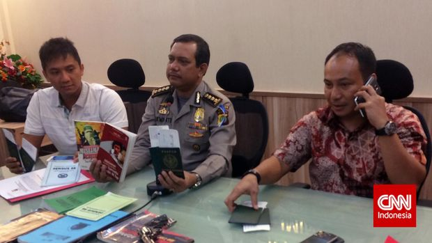 Kombes Polisi Herry Heryawan (kanan), di Jakarta, 2017.