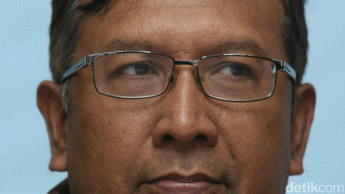 Ahmad bambang pria kelahiran Kediri, 5 Juli 1962 . Dia adalah President Director PT. Pertamina Trans Kontinental (PTK).