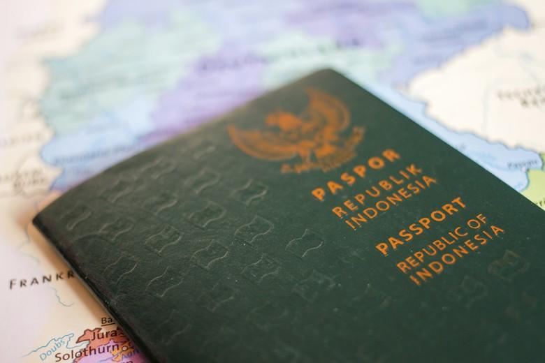 Ini Penjelasan Imigrasi Soal Pesan Berantai Paspor Sehari Jadi cf1c56814e