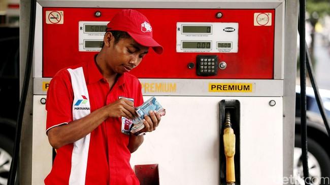 Drama Kabinet Jokowi Batal Naikan Harga Premium
