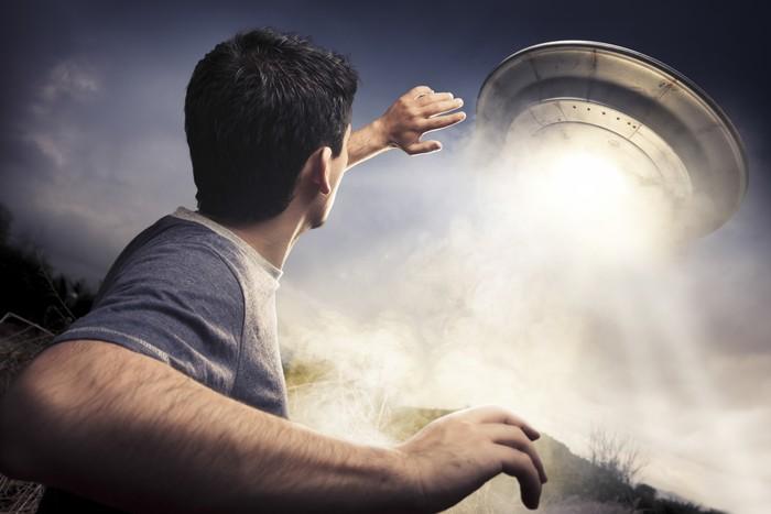 Ilustrasi penculikan oleh alien