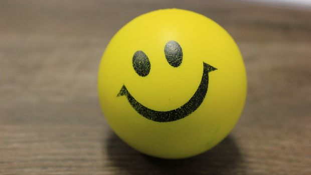 ilustrasi senyum