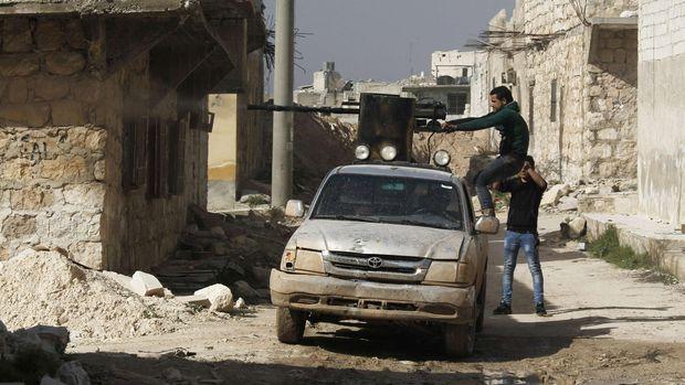 Pemberontak FSA.