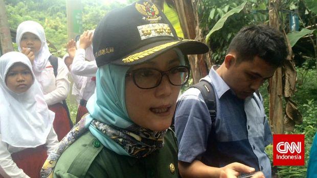 Bupati Lebak Iti Octavia Jayabaya, di Banten, 2017. Ia merupakan salah satu petahana yang menjadi calon tunggal kepala daerah di Pilkada 2018.