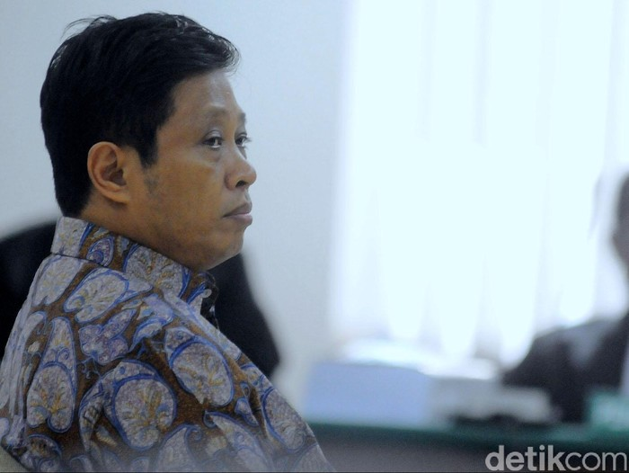 Sidang kasus Hambalang dengan terdakwa Machfud Suroso kembali digelar di Pengadilan Tipikor, Jakarta Selatan, Rabu (18/3/2015). Machfud Suroso menjalani sidang lanjutan di Pengadilan Tipikor. Sidang ini dengan agenda pembacaan pledoi.