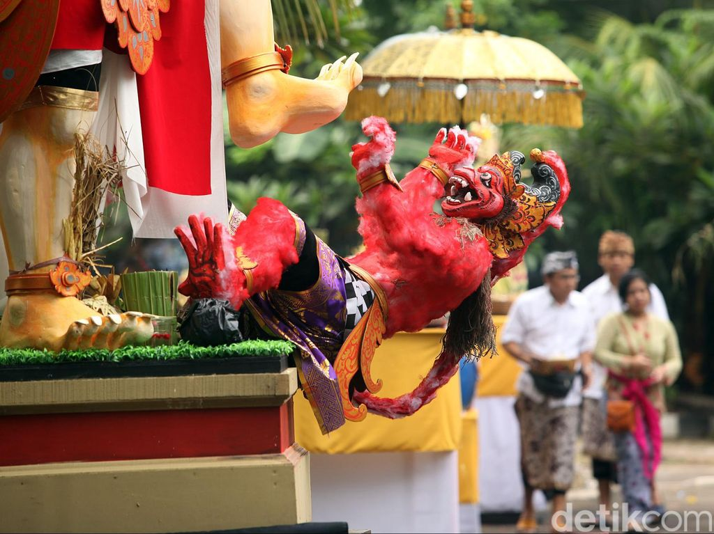 Ilustrasi turis di Bali (Gede Suardana/detikTravel)