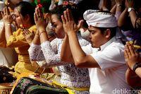 Mengapa Banyak orang Bali Namanya Made, Kadek, dan Wayan?