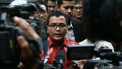Gugatan Ambang Batas Pencapresan Ditolak MK, Ini Kata Denny Indrayana