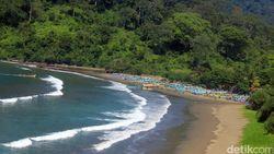 5 Pantai Banyuwangi yang Tak Kalah Cantik dari Bali