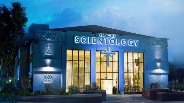 Gereja Scientology menempati bangunan-bangunan ikonis di Los Angeles.