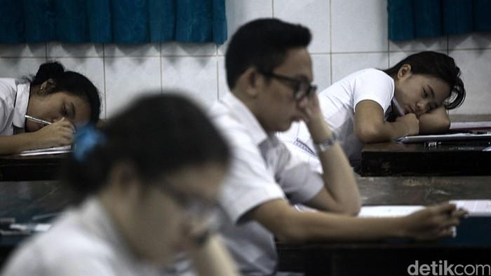 Tingkat stres anak sekolah diyakini berpengaruh pada perbedaan komposisi urine (Foto: Hasan Alhabshy)