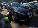 Mencuci Mobil Bisa Kesetrum?