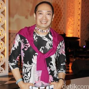 Profil Adjie Notonegoro, Desainer yang Jadi Sorotan Setelah Pindah Agama
