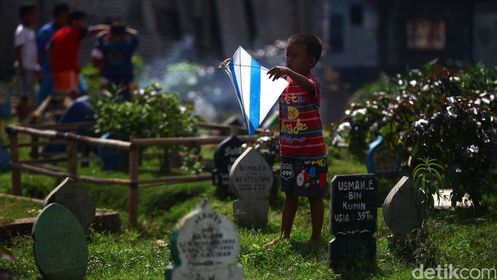 TPU Prumpung Jadi Tempat Nongkrong, Petugas DKI Mengaku Diancam Sajam