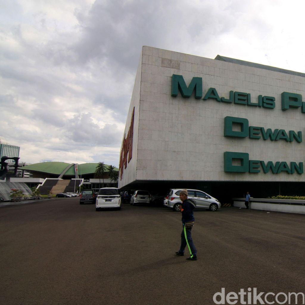 Bursa MPR-1 Makin Seru