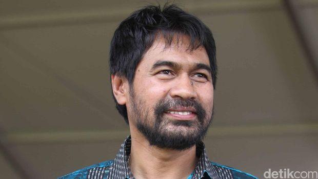 Muzakir Manaf atau Mualem.