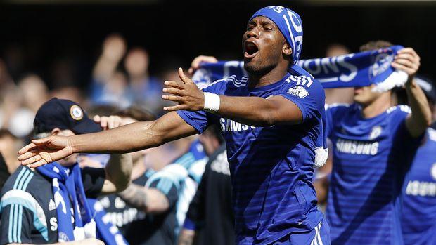Didier Drogba pernah membawa Chelsea arahan Jose Mourinho juara Liga Champions 2011/2012. (