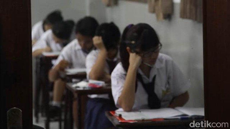 PPDB Online DKI SMP-SMA Jalur Prestasi Dibuka, Ini Jadwal hingga Syaratnya