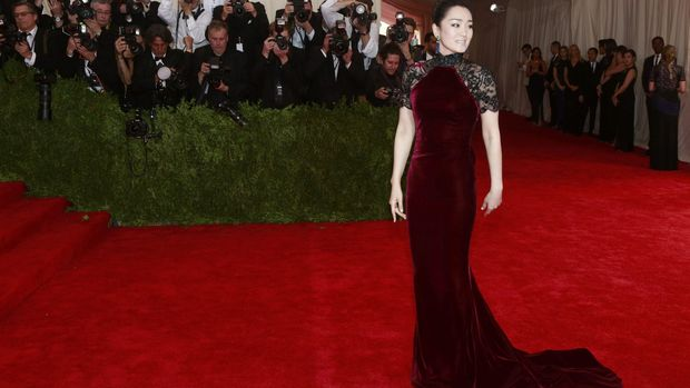Gong Li telah sejak lama dikenal sebagai salah satu aktris paling bersinar di China.