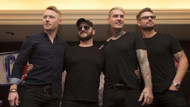 Boyzone akan bubar pada 2019, usai merayakan 25 tahun mereka dibentuk. Sebelum berpisah, boyband asal Irlandia ini akan menggelar konser perpisahan di Surabaya.