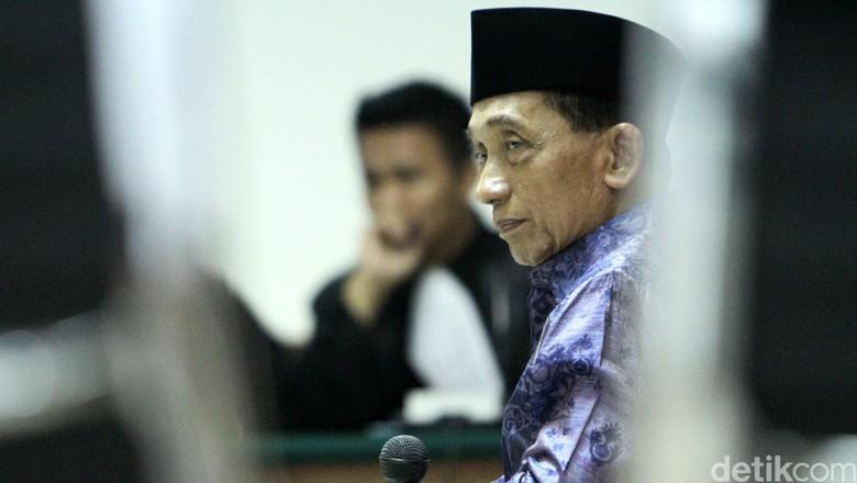 Bupati Fuad Amin, Koruptor Rp 414 Miliar yang Bikin Geger LP